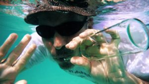 Hors du chemin - Fatabien - Vignette sous l'eau